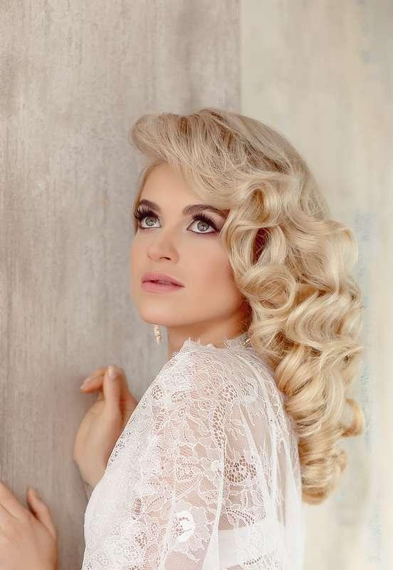 Локоны, блондинка, свадебный макияж. - фото 4400627 Стилист-визажист Катрина Петренко