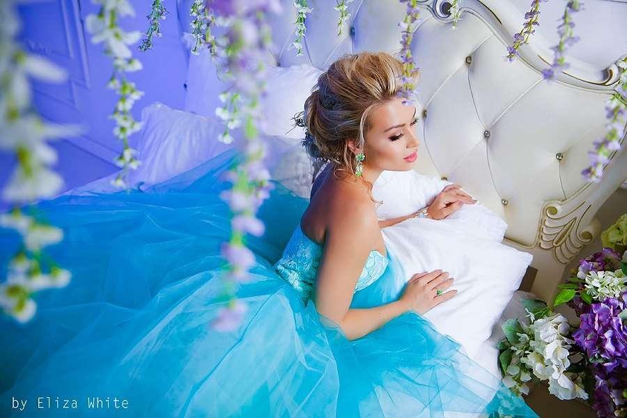 сочный, яркий, свадебный, низкий пучок, косы, сексуальный, чувственный, принцесса - фото 4635335 Стилист-визажист Катрина Петренко