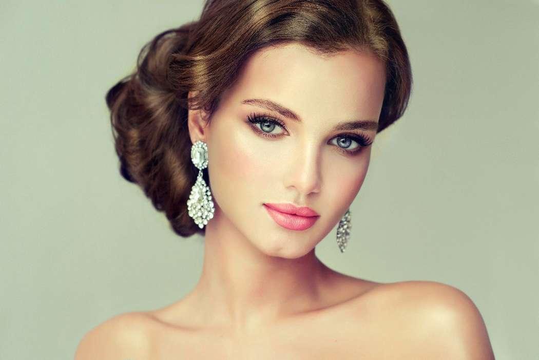 брюнетка, свежий макияж, розовые тона, есстественный - фото 10172908 Стилист-визажист Катрина Петренко