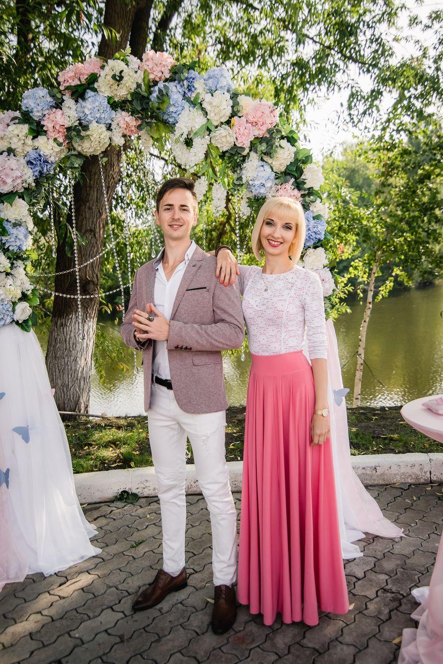 Проведение свадьбы, 6 часов, 2 ведущих