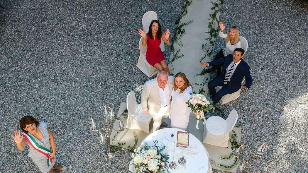 Съемка с дрона символической церемонии - фото 19088424 Italia Viaggi - организация свадеб