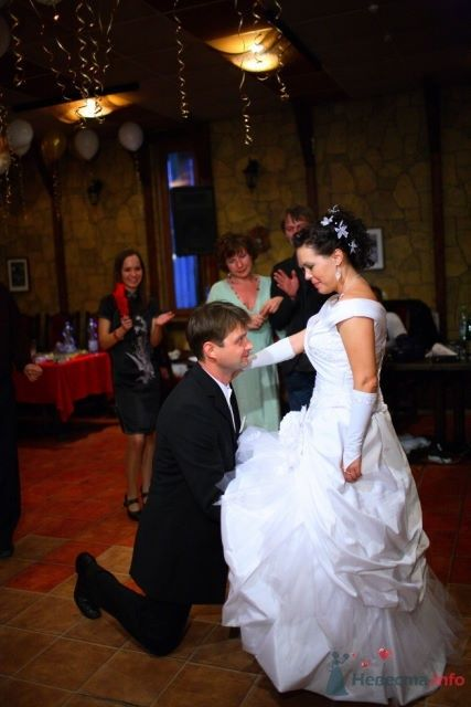 """разыгрываем подвязку - фото 48956 Funday - свадебное агентство парка """"Сокольники"""""""