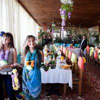"""Гавайская свадьба  Место проведения: Ресторан """"Ковбой""""  Количество гостей: 40"""