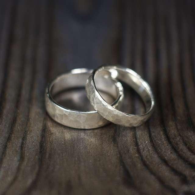 Во сне получить в подарок два кольца 1