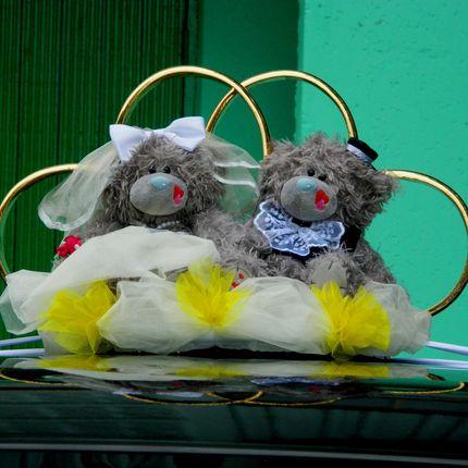 Прокат свадебных украшений на машину
