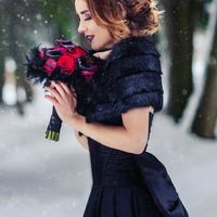 модель Светлана  фотограф Ксения Шакурова  визажист Тамара Шкуратова  накидка из норки  платье  букет