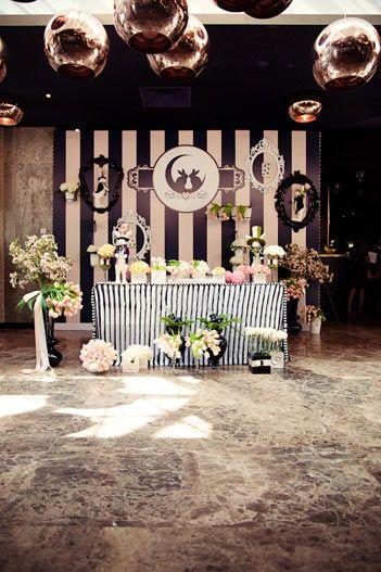 Оформление зоны молодых  ( баннер) - фото 2528515 Студия авторской флористики и декора'' Красота''