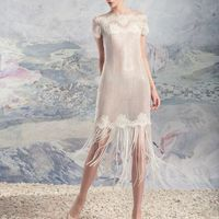 """1636a «Комо» коллекция Papilio 2016  """"Swan Princess""""  Оригинальная модель платье-трансформер. Может быть использована в двух вариантах: коротком и длинном. Модель представлена в виде короткого кружевного платья с нитями из пайеток и лаконичного атласного"""