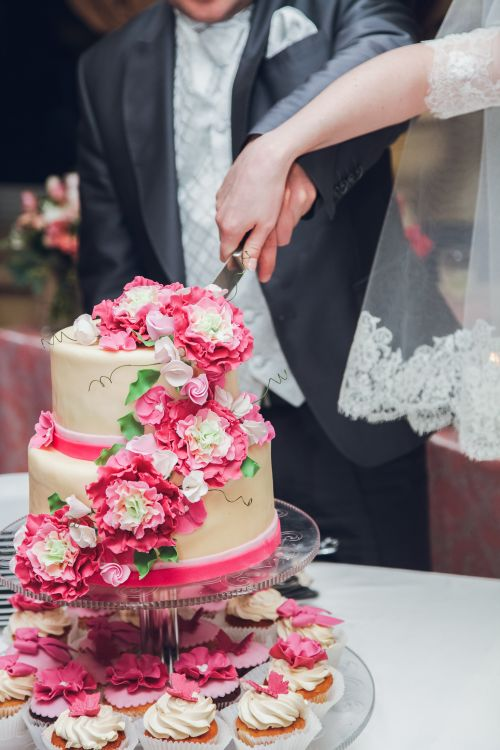 Свадебный торт бело розовый в пензе фото
