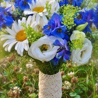 Ромашки+васильки, букет невесты
