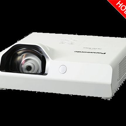 Аренда короткофокусного проектора Panasonic PT-TX410