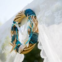 Веночек свадебный для украшения арки.
