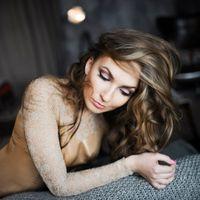 Макияж, локоны для Жени  -  Фото - Полина Бублик   #макияж #визажист #свадебныймакияж #вечерниймакияж #визаж #makeup #eyes #lips