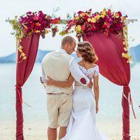 Свадьба винного цвета на Пхукете. Женя и Кристина.  Больше фото на наших сайтах:    #свадьбапхукет #свадьбанапхукете #фотографпхукет #фотографнапхукете