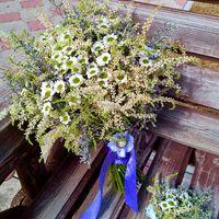 Рустикальный букет невесты и бутоньерка
