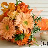 Букет невесты из оранжевых роз гербер