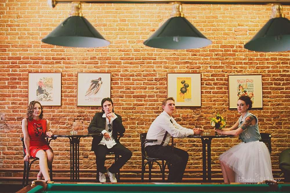 Фотосессия в кафе имитация праздника