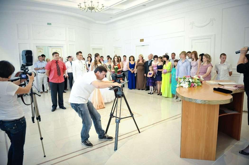 Съёмка свадьбы в ЗАГСе - фото 2905739 Видеограф Алексей Перов