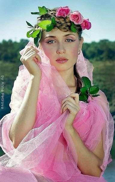 Девушка в розовом цвете, цветочный стиль. Розовая вуаль-фата. - фото 2907243 Визажист Виктория Вишня