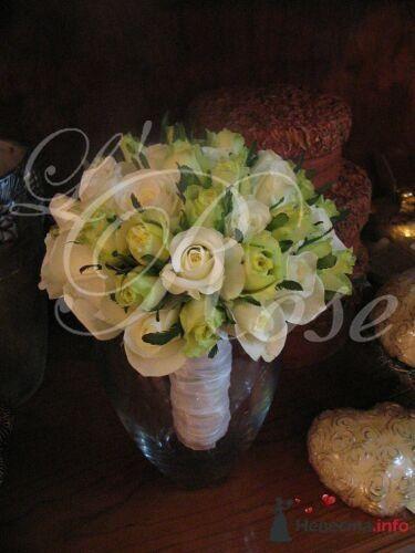 """Фото 17836 в коллекции Свадебные букеты, аксессуары - Галерея цветов """"L'Rose"""""""