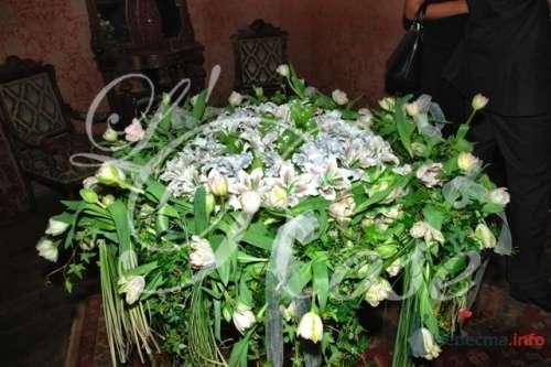 """Фото 17904 в коллекции Президиум и настольные композиции - Галерея цветов """"L'Rose"""""""
