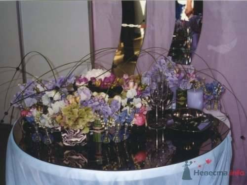 """Фото 17906 в коллекции Президиум и настольные композиции - Галерея цветов """"L'Rose"""""""