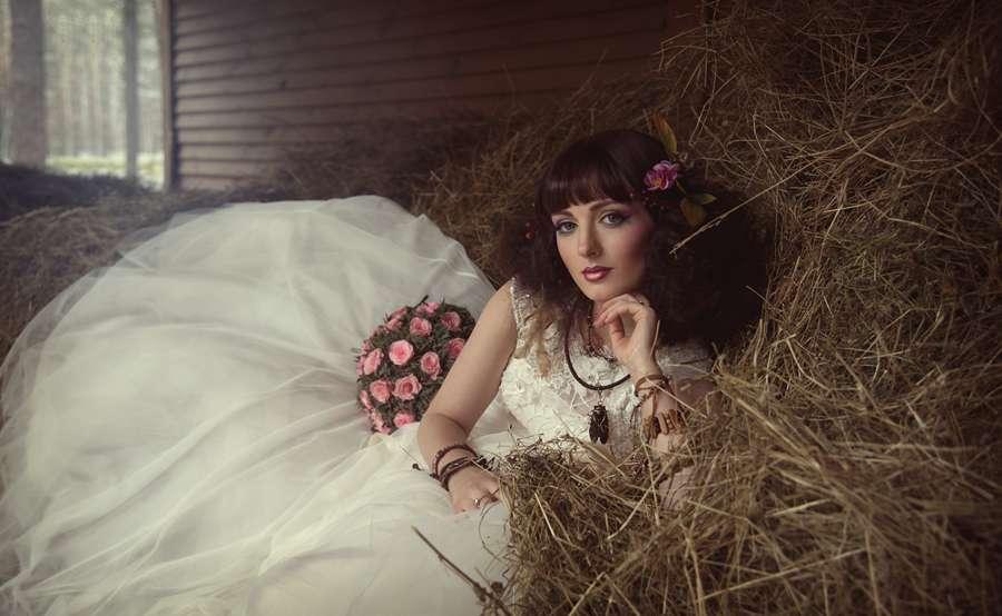 Невеста в стиле Хиппи. - фото 17022122 Стилист по причёскам Елена Растоскуева