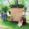 Пробковый стенд, участвующий в городском фестивале Италии La Terazza в парке Музеон. Июнь 2014г.