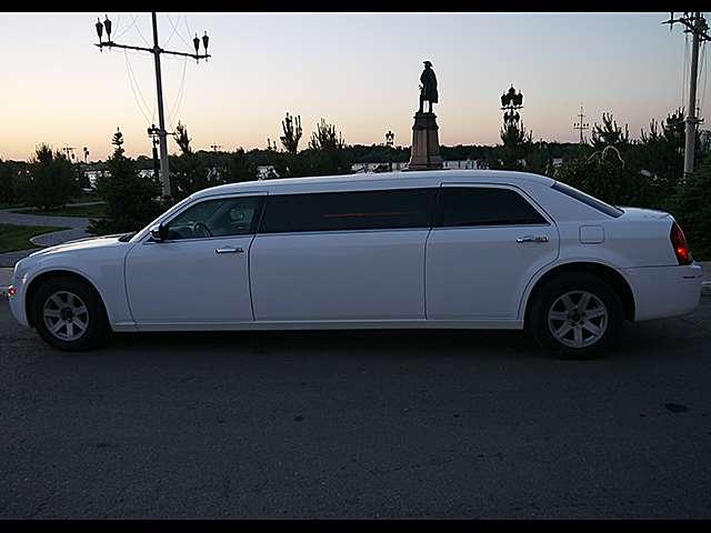 Фото 9166912 в коллекции Лимузин Крайслер - DeLuxe-Авто