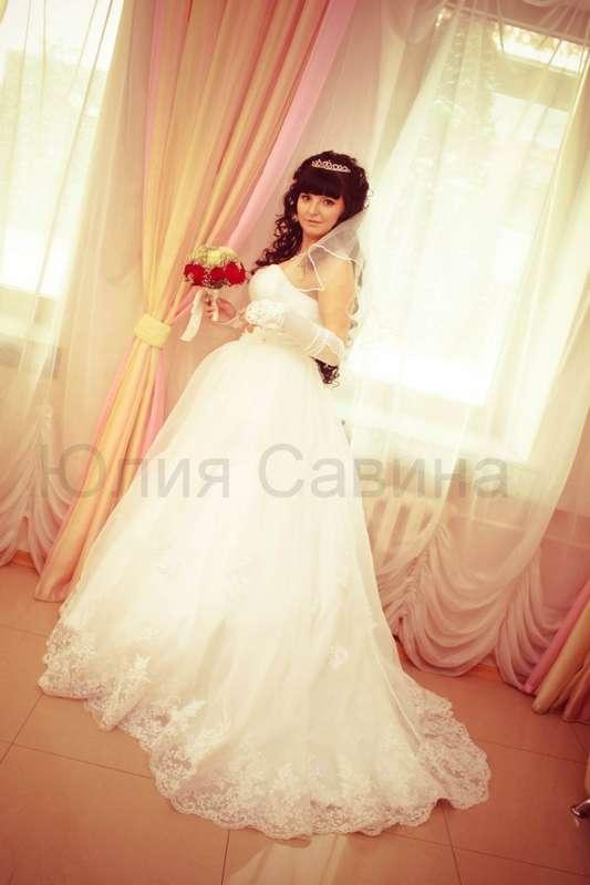 Нежное платье с шикарным кружевом и шлейфом! - фото 14892574 Свадебный салон Юлии Савиной