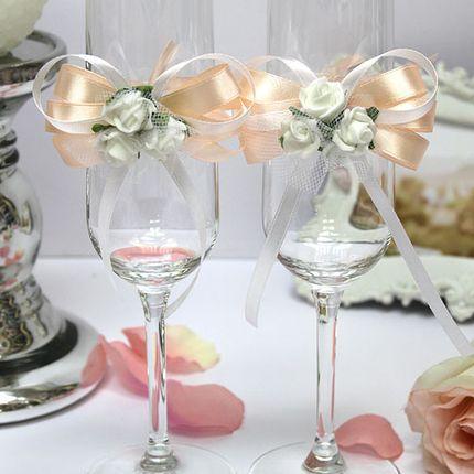 Свадебное украшение на бокалы
