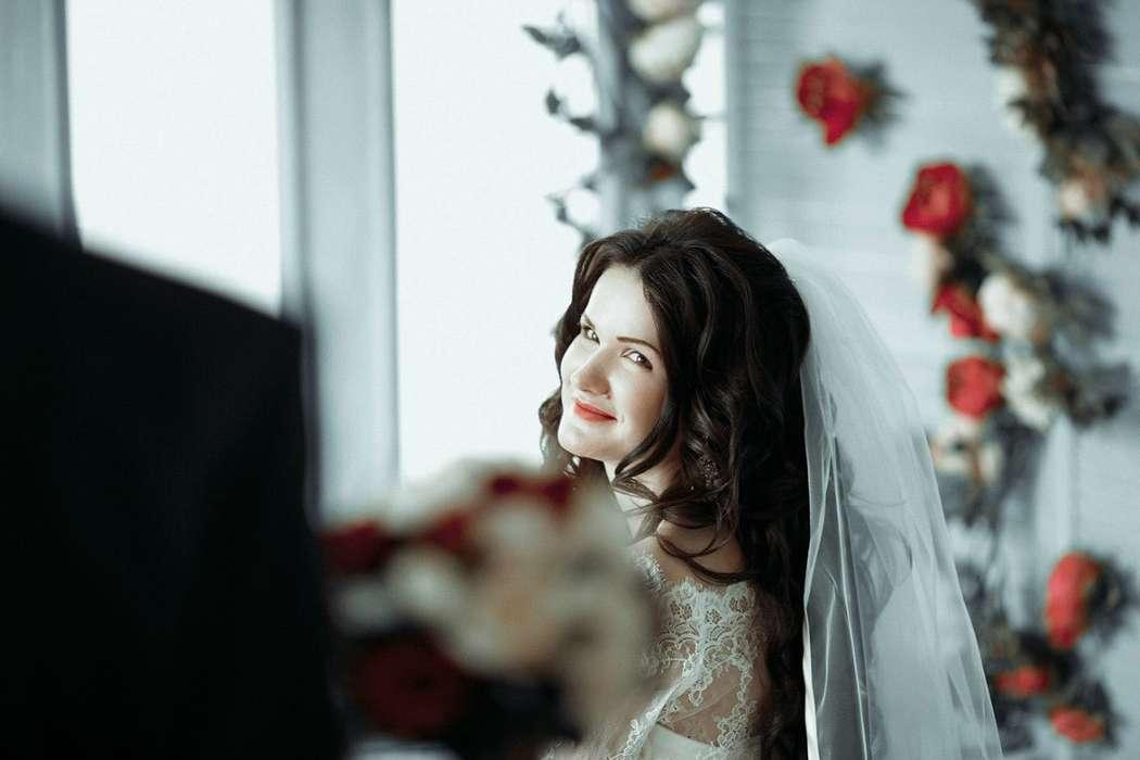 фоне вечернего места в тимашевске для свадебной фотосессии оказались