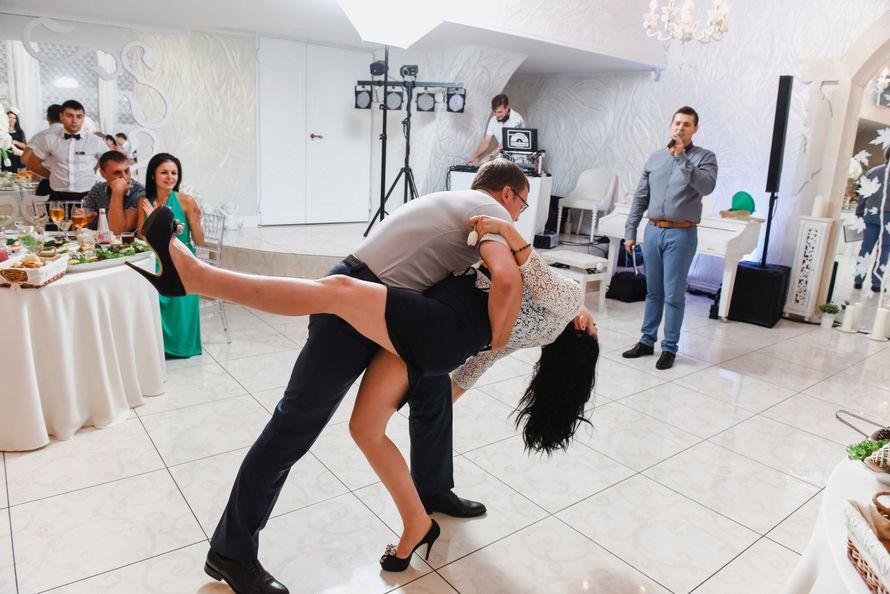 страстное танго - фото 8689446 Ведущий Денис Бондарев