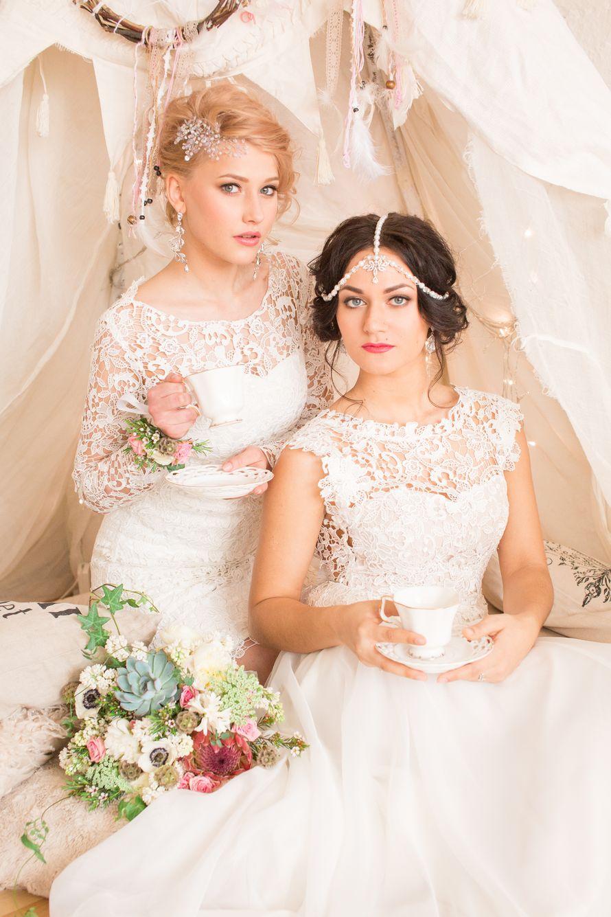Сестры на свадьбе фото