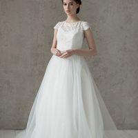 Больше фото:   Свадебное платье «Лейла» Цена: 34 900 ₽  Возможные цвета: - белый - молочный - нежно-розовый - жемчужно-кофейный - припыленно-сиреневый - припыленно-серый  При отсутствии в наличии нужного размера это платье может быть выполнено в размерах