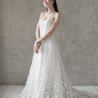 Больше фото:   Свадебное платье «Амели» Цена: 65 900 ₽  Возможные цвета: - белый - молочный - нежно-розовый - жемчужно-кофейный - припыленно-сиреневый - припыленно-серый  При отсутствии в наличии нужного размера это платье может быть выполнено в размерах