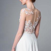 Больше фото:   Свадебное платье «Лиана» Цена: 41 900 ₽  Возможные цвета: - молочный  При отсутствии в наличии нужного размера это платье может быть выполнено в размерах 40, 42, 44, 46, 48, а так же по индивидуальным меркам невесты.  Запись на примерку: Пе