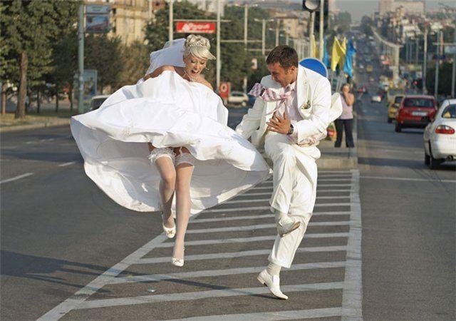 na-svadbe-podglyadel