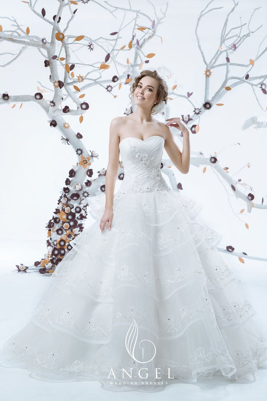 Фото 3644395 в коллекции Портфолио - Свадебные платья Angel