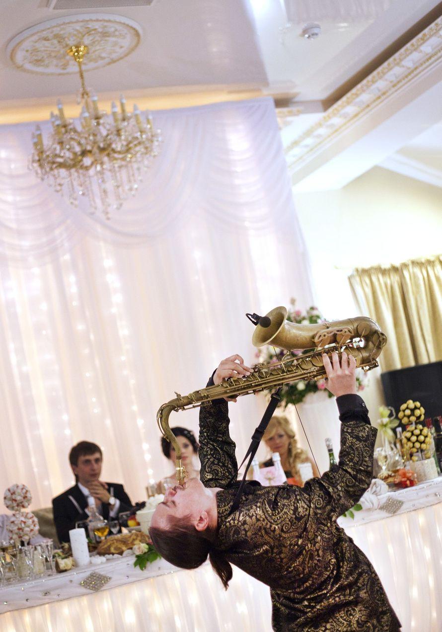 Фото 10850428 в коллекции Тимур Абитов Свадебные Фото - Саксофонист Тимур Абитов