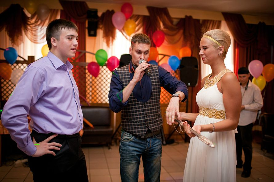 Фото 1871321 в коллекции Выпускные ))) - Ведущий Евгений Дегтярев