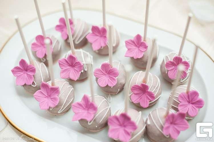 Кейк попс - фото 1773315 Надежда Алябьева - свадебные торты