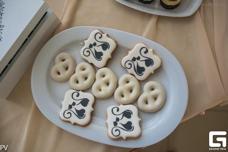 Фото 2507945 в коллекции Candy Bar- маленькие сладости! - Надежда Алябьева - свадебные торты