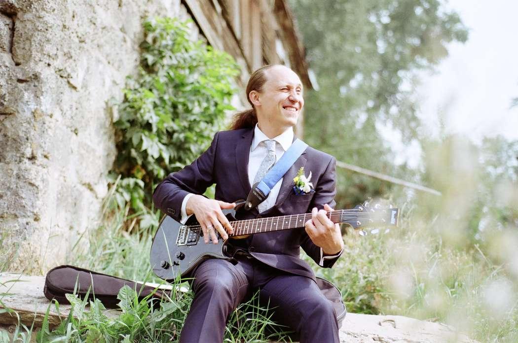 Жених-музыкант - фото 4642381 Фотограф Александра Бобошина