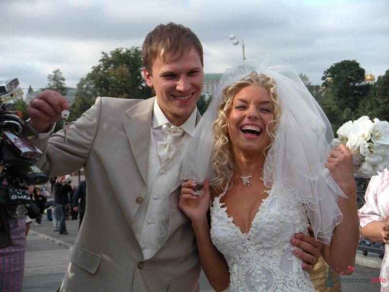 вот примерно так я и  выглядела всю свою свадьбу))) - фото 36754 barbie
