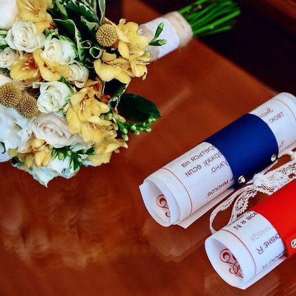 Букет невесты и дополнительный декор