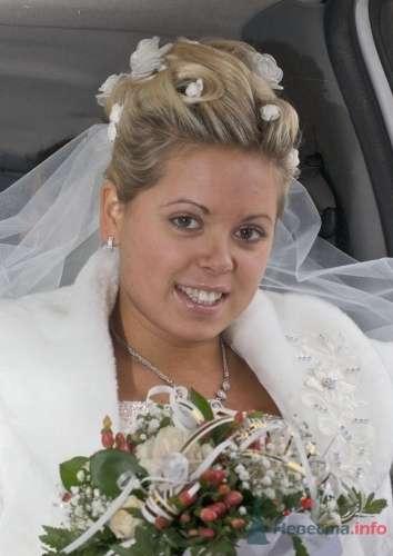 Фото 19755 в коллекции Свадебная прическа из тонких осветленных волос - Визажист-стилист свадебного образа Лариса Костина