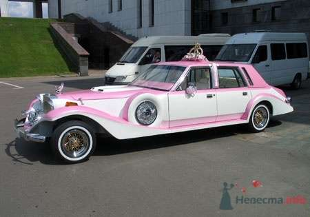 Excalibur Phantom, бело-розовый, 4 места - фото 2780 Vip Limousine - аренда авто