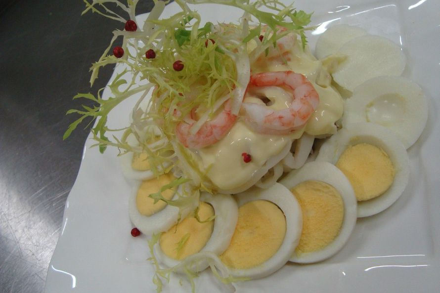 "салат ни рыба-ни мясо - фото 6112677 Студия ""Комильфо"" - организация мероприятий"