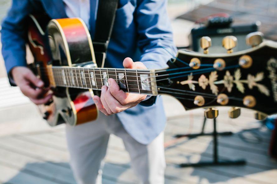Джаз группа Playtime джазовые музыканты на свадьбу. Саксофонист - живое исполнение. - фото 14661444 Джаз-кавер-группа Playtime